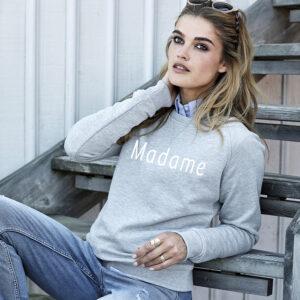 Sweatshirt à capuche femme personnalisé