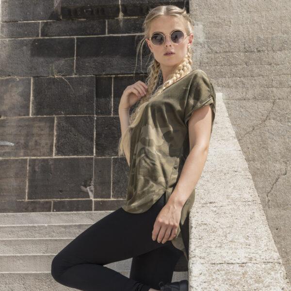 Tee-shirt Camouflage personnalisé pour femme